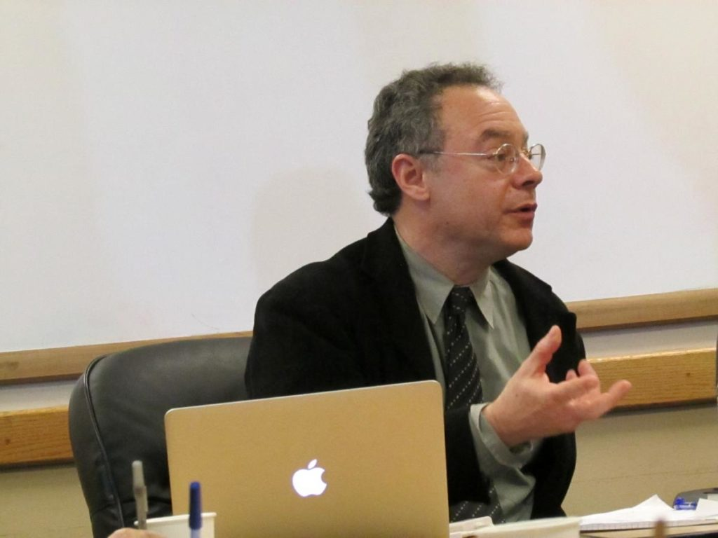 Dr. Jonathan Skolnik during his lecture